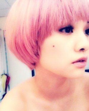 杨丞琳短发发型 可爱教主轻松百变