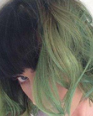不要绿帽子要绿发 水果姐这头抹茶绿的发型