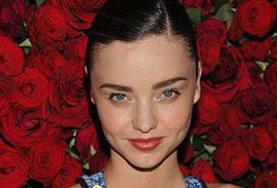 2015最新女明星发型 欧式晚装发型最抢眼(3)