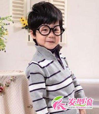 可爱小男孩发型图片 变身小潮男