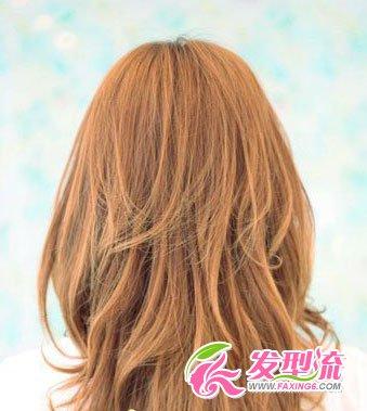 荷叶头发型 变身甜美小公主(3)图片