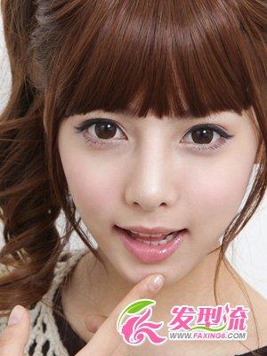 2012年流行发型的; 马尾辫齐刘海女孩图