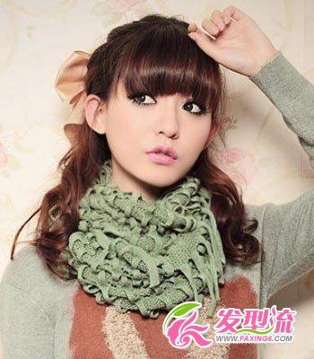 > 齐刘海发型扎法 圣诞公主发型(3)  导读:齐刘海 半扎发 这款简单的图片