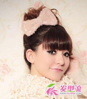 齐刘海发型扎法 圣诞公主发型(5)