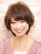 日系甜美女生短发 随性自然的甜美