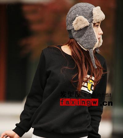 韩国非主流女孩帽子发型搭配 既个性又保暖图片