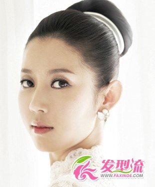 丸子头 韩式简洁新娘发型(4)图片
