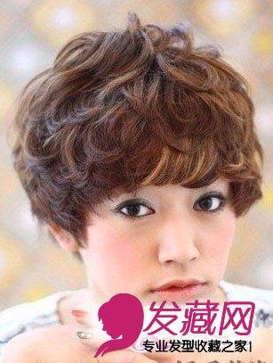 短发烫发发型 2015年流行烫发发型(4)  导读:略显整齐的烫发发型,满头