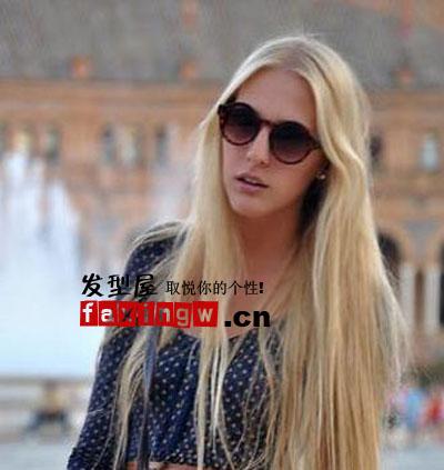 街拍唯美发型 欧美长发直发(7)