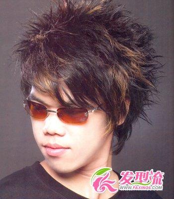 发型网 男生发型 男士短发发型 > 90后男孩流行发型 彰显帅气个性(3)图片