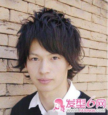 与众不同的时尚帅气男士烫发(3)