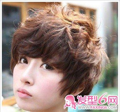 短发 乖巧/卷发、直发、短发、长发每位美眉钟爱的发型各部相同,不同季节...