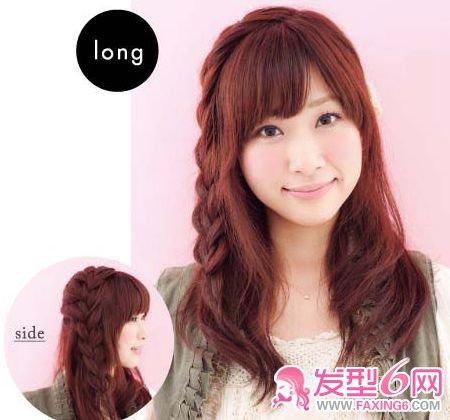 副标题 俏皮甜美 step1:在头发的侧面辫一条麻花辫.