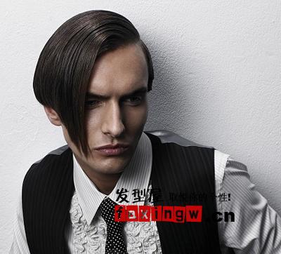 男生染发发型 > 沙龙最潮男士发型设计(2)  导读:不对称的偏分头型图片