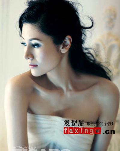 李嘉欣杂志封面贵气华丽大卷发图片(3)图片