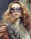 矮胖女生冬季选择发型服装指导
