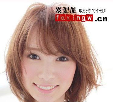 圆脸女生适合的短发发型图片(3)图片