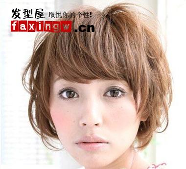圆脸女生适合的短发发型图片(4)图片