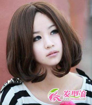 > 大脸适合的发型图片 教你变小脸美女      齐刘海搭配 直发梨花头图片