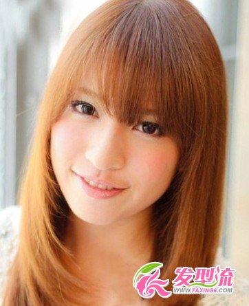 大圆脸适合的发型 巧妙修饰小脸效果(3)