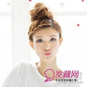 个性鲜明的编发刘海在本季一直就很流行,透露着青春的灵动