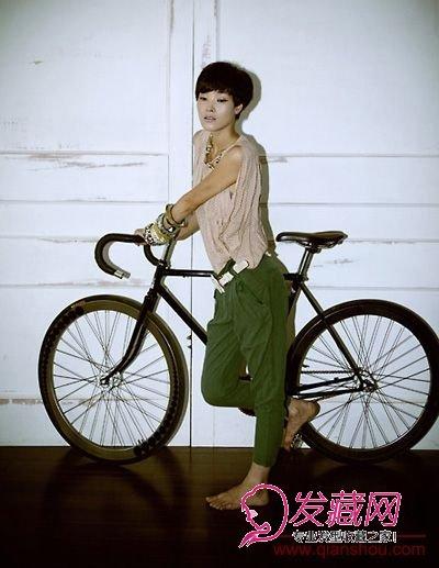 【图】单车女生的超短发发型图片(5)_短发发型