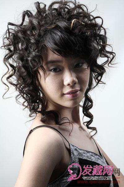 发型网 女生发型 女生卷发发型 > 菲灵卷发造型大赛优胜奖作品选(4)图片