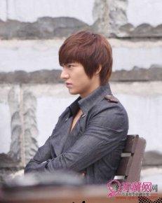 韩国流行男发型 2014韩国流行发型男 韩国流行短发发型男