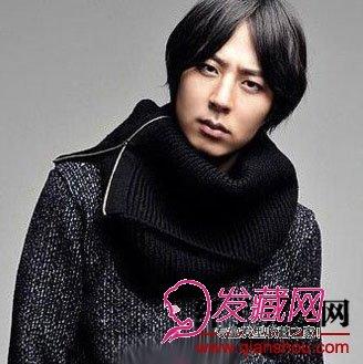 发型网 男生发型 韩式男发型 > 男生斜刘海发型图片(2)  导读:文艺范