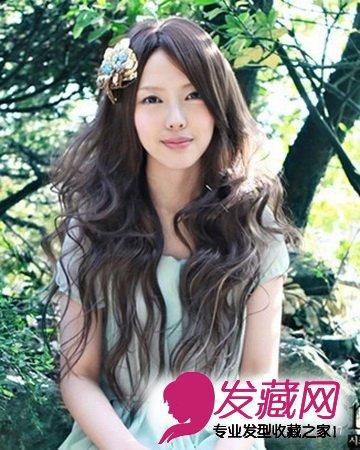 小编为你推荐中长发发尾大卷发型,多款韩版最具修脸效果的发型让你的图片