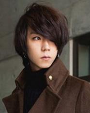 男生中长发型设计 韩剧男主角般帅气迷人