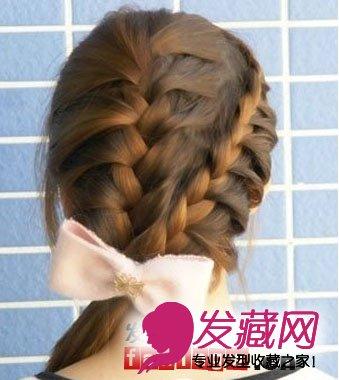 发型扎法步骤(6)  导读:最后一步当然是挑上一款自己喜欢的蝴蝶结发饰