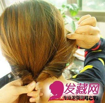 直发中长发发型扎法步骤(3)图片
