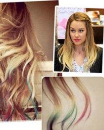 发型 齐秀/自己怎么DIY挑染发型颜色明星发型彩虹发打造步骤