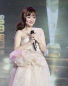 乐视盛典现场贾乃亮向李小璐求婚成功 幸福女人李小璐发型盘点