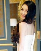 潘霜霜优雅气质女人味发型图片