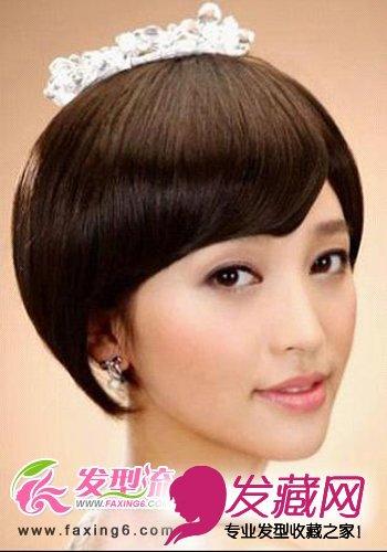 > 甜美公主发型 春季最美女生(4)  导读:齐刘海 短发 俏皮可爱,有着