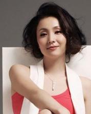 小陶虹居家女人味发型写真