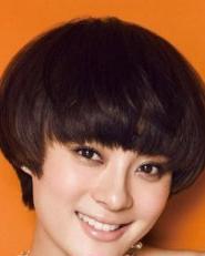 短发女生齐刘海发型图片 好看又修脸