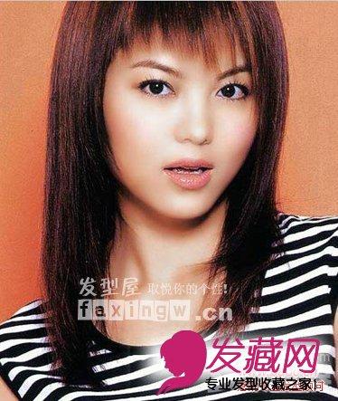 斜分的前刘海,让整个发型更富动感更显圆脸型  直发发型设计图片 圆脸