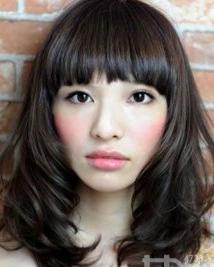 日系减龄扮嫩发型 夏季更加美丽动人