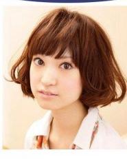 日系新款瘦脸刘海发型