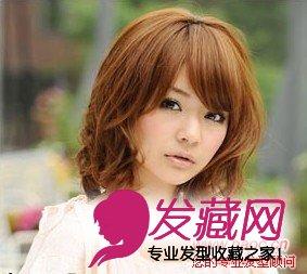圆脸适合的发型图片,柔美卷发发型,圆脸女生超喜欢的及肩柔美卷发图片
