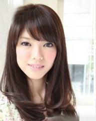 最新日系卷发发型,小女人味发型