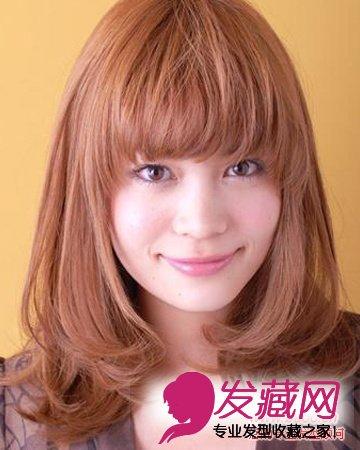 显嫩才更流行 →2015秋冬流行发型 韩国女生发型   刚刚过眉的齐刘海