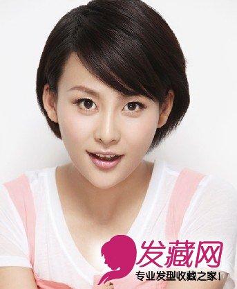 韩式发型的辫子编发 注重淑女甜美的风格 2014流行学生发型图片 简约