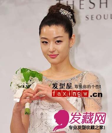 唯美韩式花花苞头新娘发型 →韩女星示范四种不同风格的黑发造型 黑发