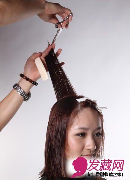 日系空气感发型的剪发步骤图(5)