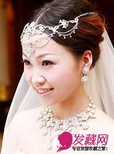 复古新娘盘发 贵气浪漫(4)