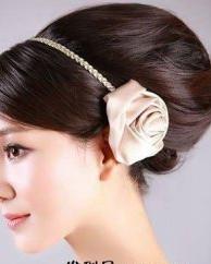 6款高贵新娘发型 元旦准新娘必选